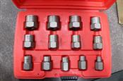 CORNWELL TOOLS Bolt Extractor Set